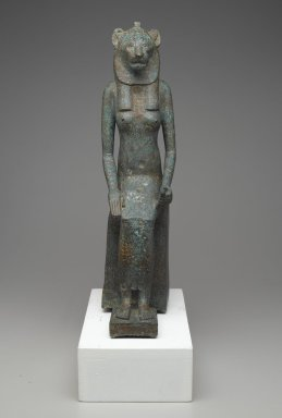 Statue of Wadjet